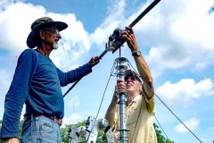 Roger KF9D and Dean WD9FOO setting up the tri-band dipole